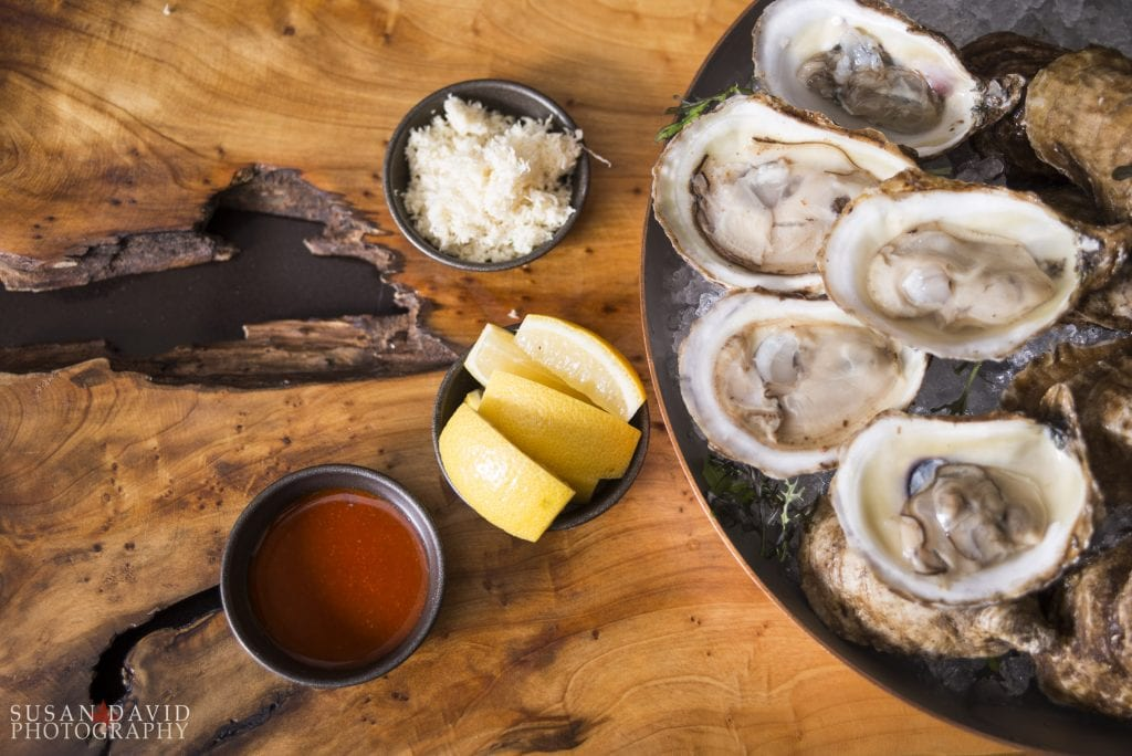 Oysters_above