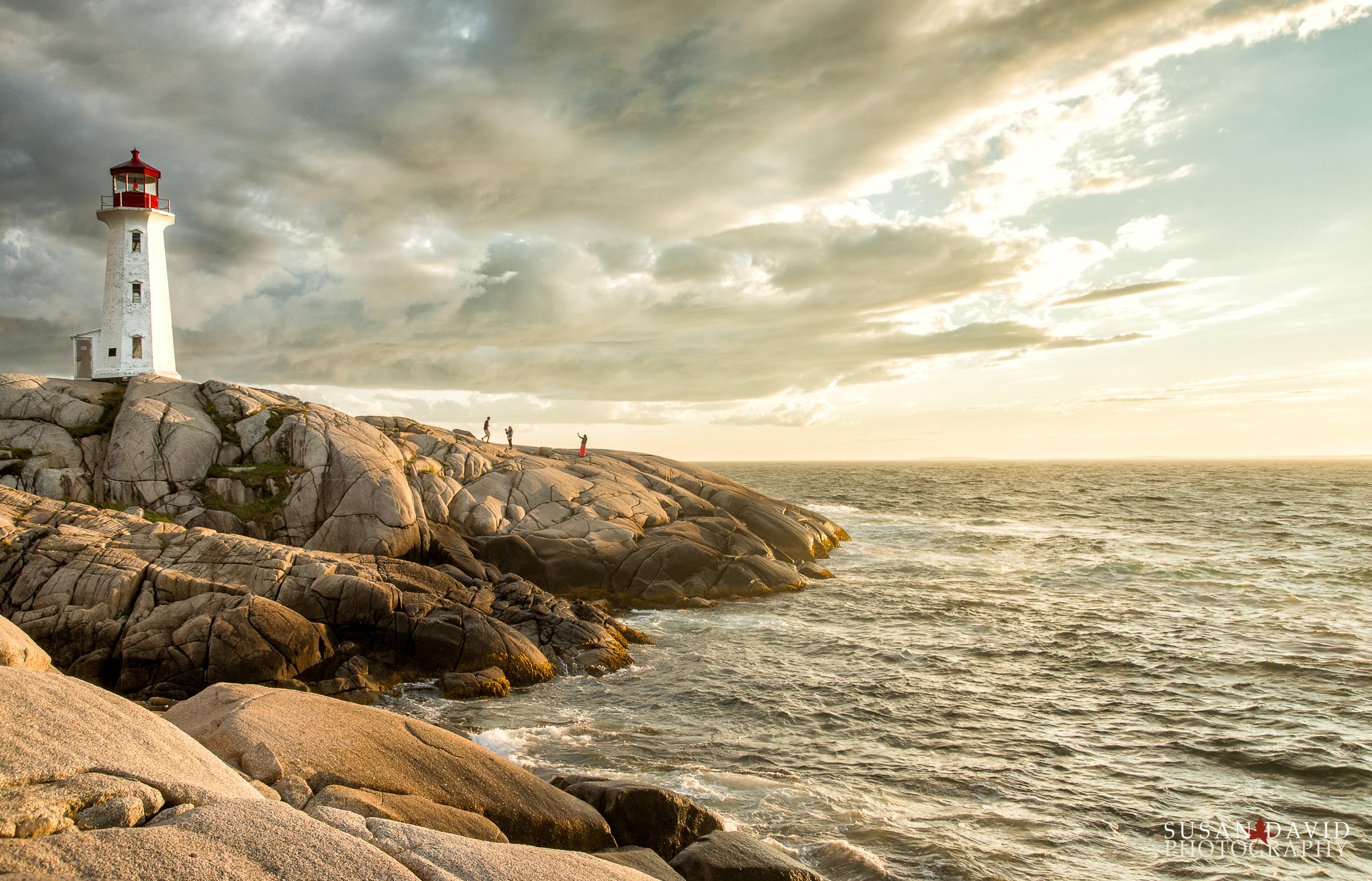 Sunset-Photos-at-Peggys-Cove